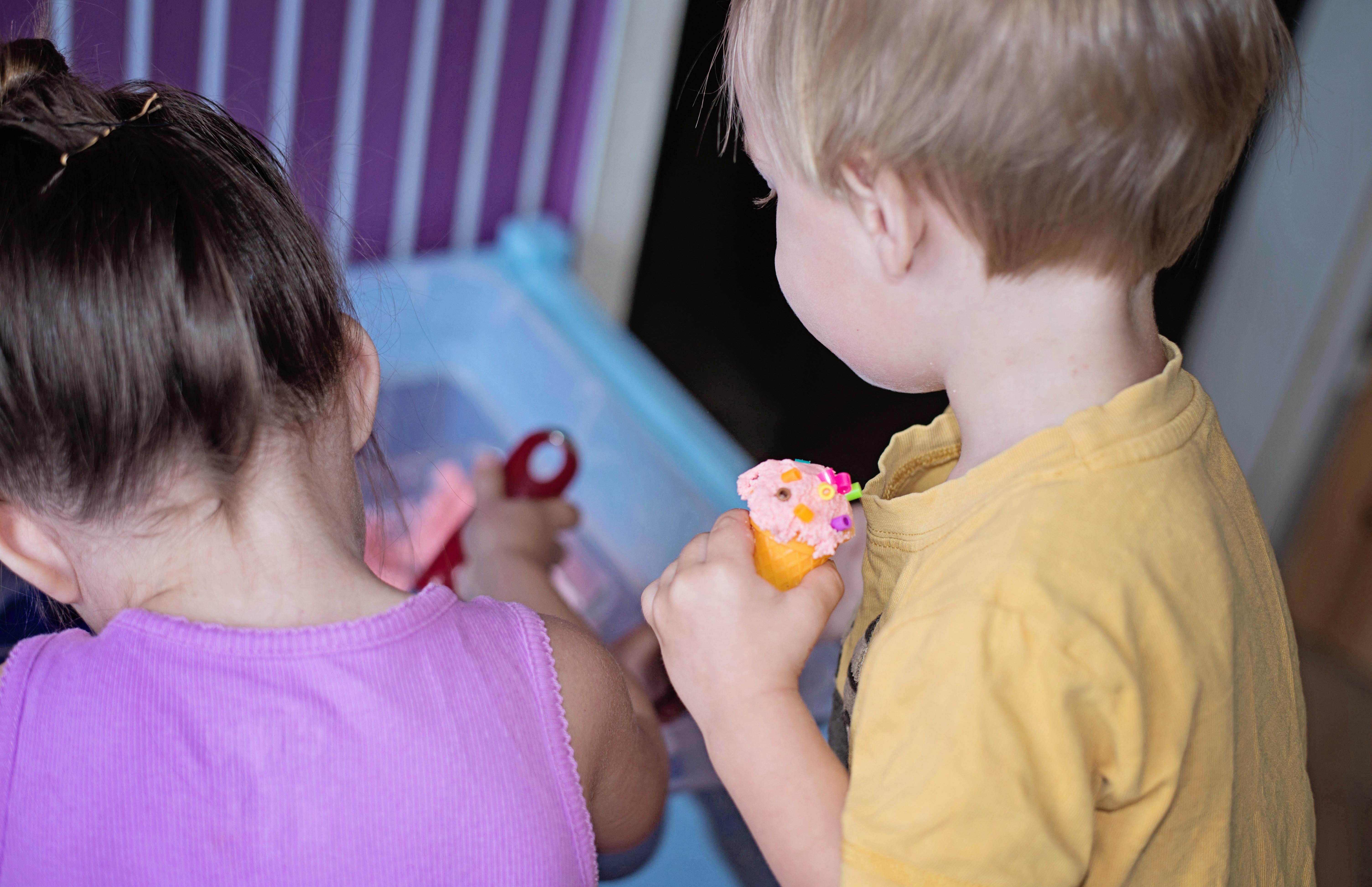 Babes in Deutschland, Ice Cream Dough