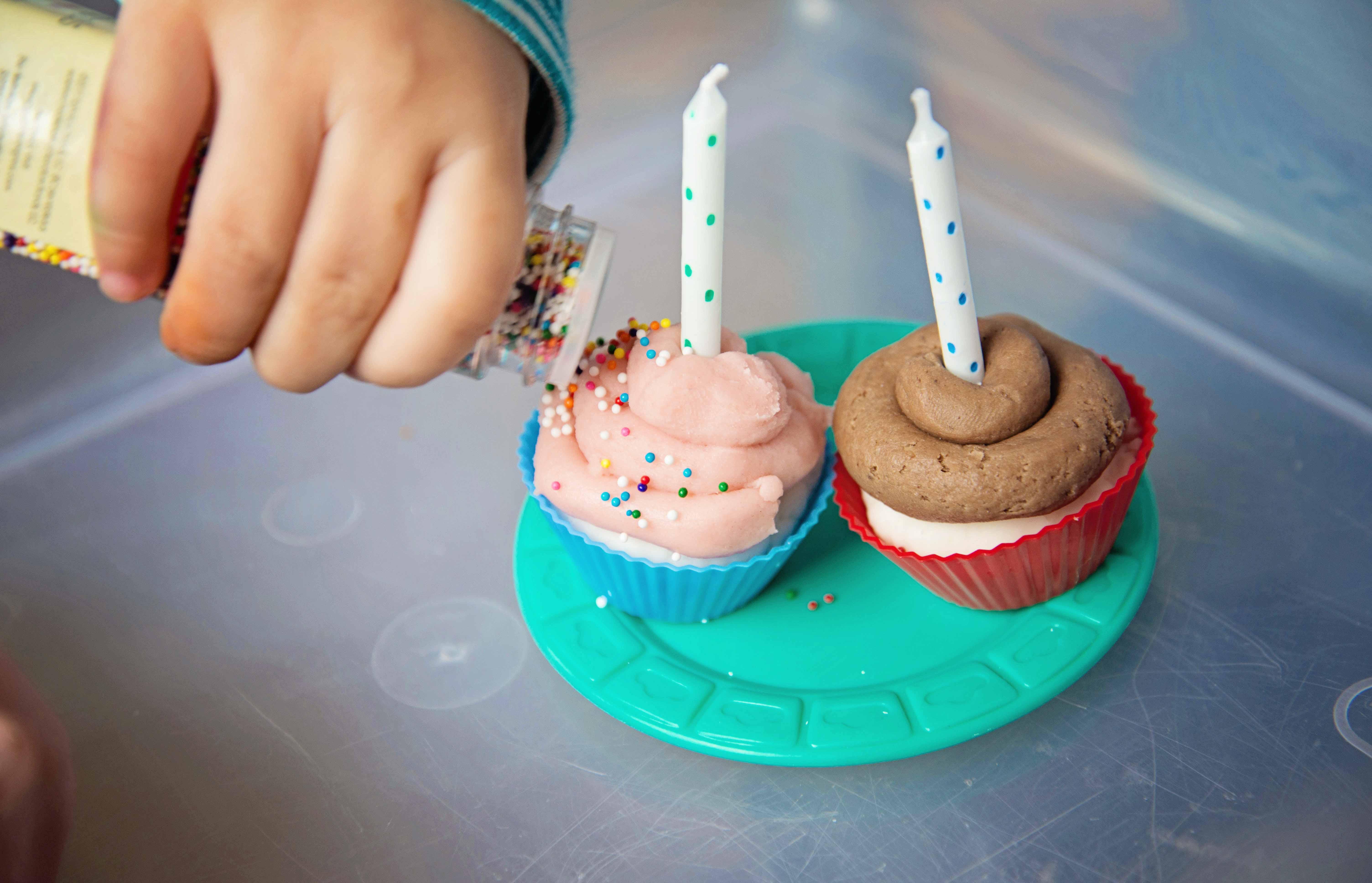 Babes in Deutschland, Play dough cupcake bake shop in the sensory bin!