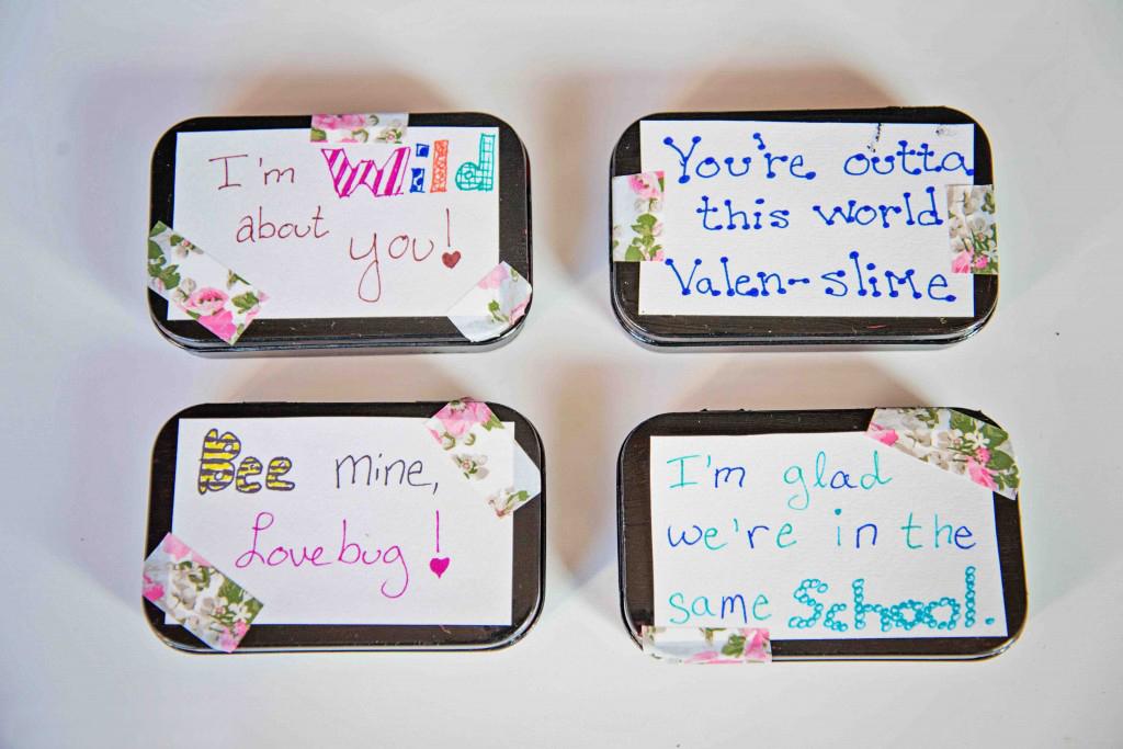 4 Mini Sensory Bin Valentine's