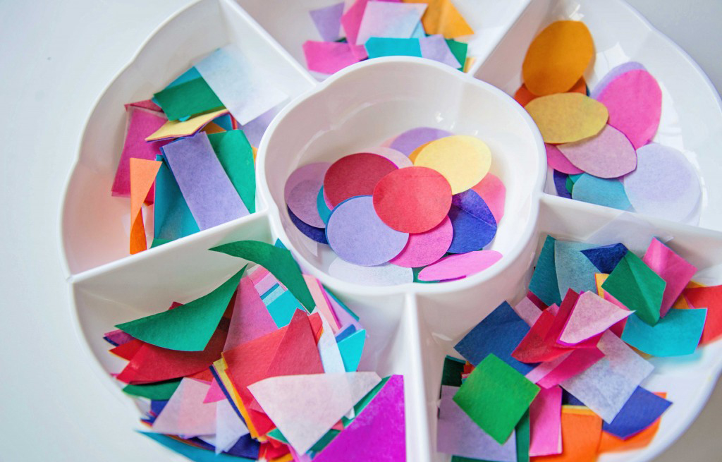 Make this DIY confetti kite out of contact paper! Life Lesson Plans